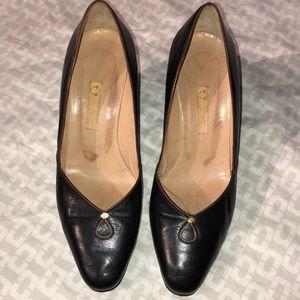 Gucci Vintage  Size 34.5/Pristine/Black Leather